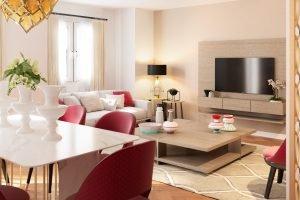 Reforma, interiorismo y decoración de estilo modern glam en Valencia
